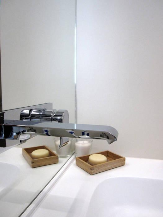 specchio del bagno Laura Canonico Architetto BagnoSpecchi
