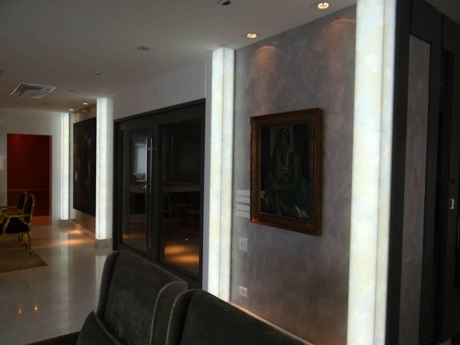 de CAMASA Marmores & Design Moderno
