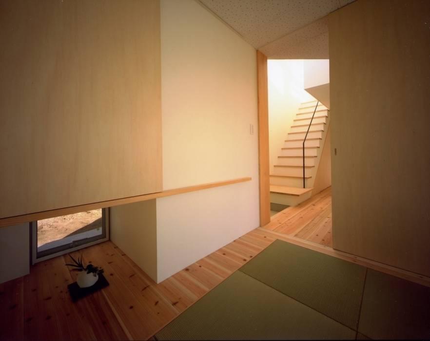 目神山の家 - House of Megamiyama: 林泰介建築研究所が手掛けた和室です。