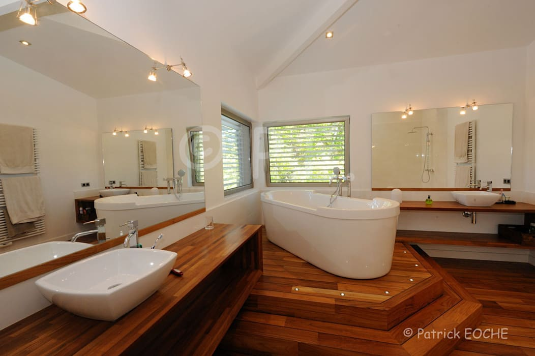 patrick eoche Photographie d'architecture Colonial style bathroom
