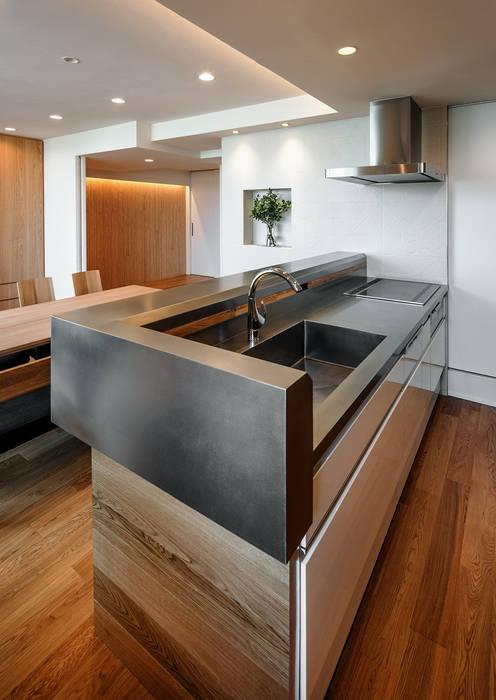 山本通の家 キッチンカウンター: 株式会社seki.designが手掛けたキッチンです。