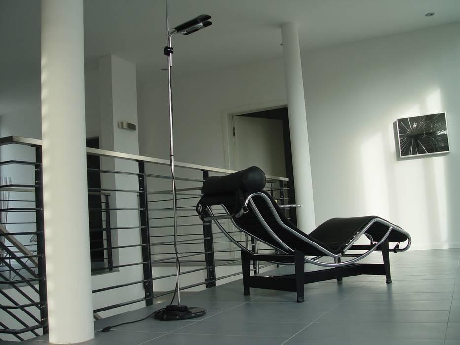 Galerie im obergeschoss: moderne wohnzimmer von homify | homify