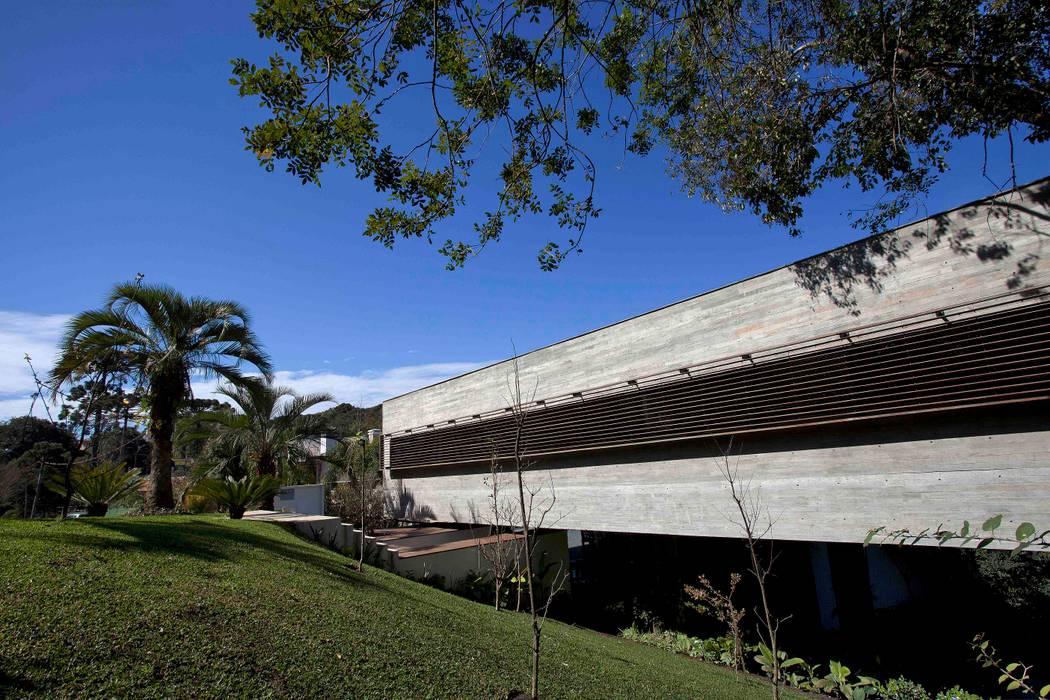 Гостиная в стиле модерн от Marcos Bertoldi Модерн
