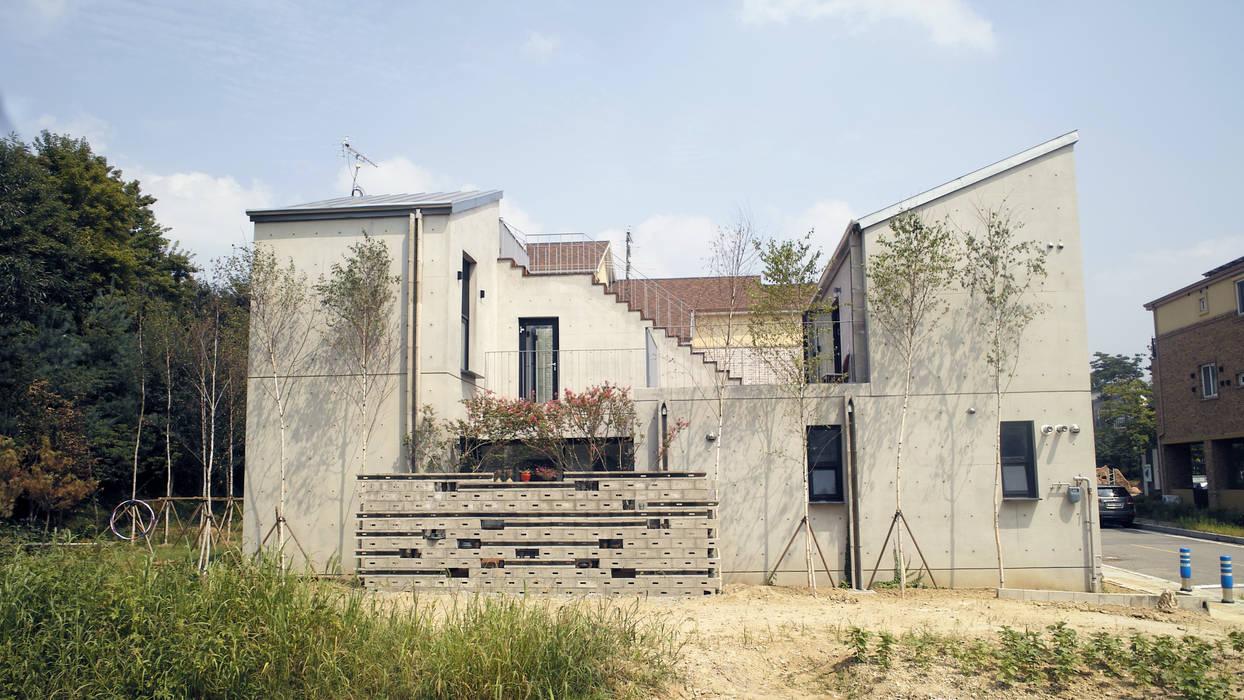 JakDong House 작동 주택 by archim architects