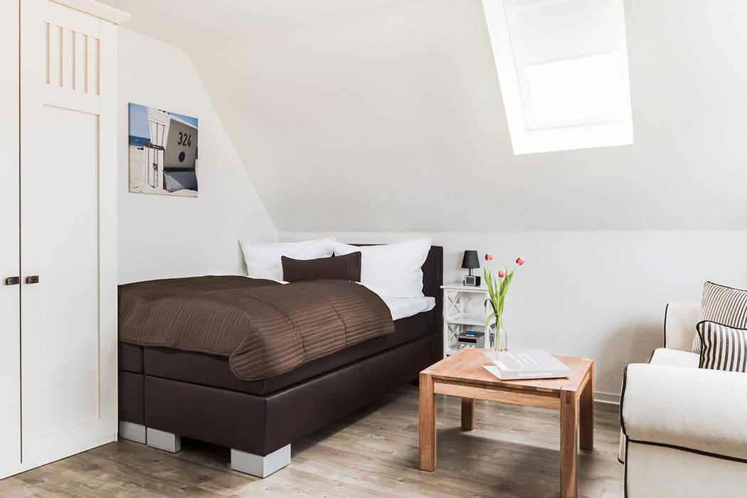 Schlafbereich Apartment Moderne Hotels von Marschland Media & Arts Modern
