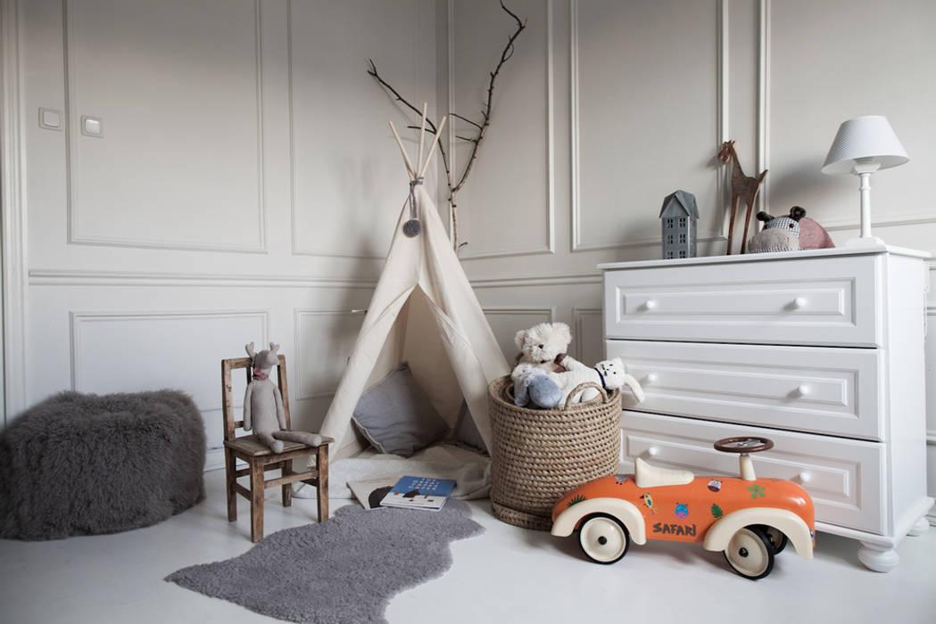Habitaciones para niños de estilo escandinavo de Studio Inaczej Escandinavo