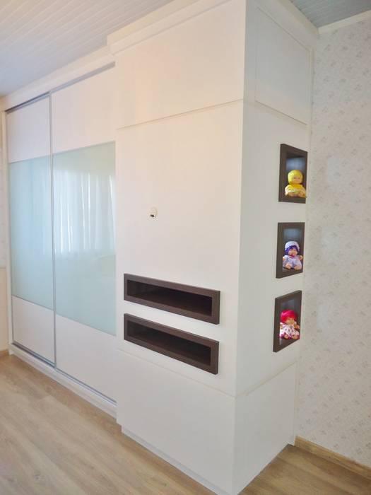 Arquitetura de interiores - Dormitório de bebê menina Quarto infantil clássico por Ésse Arquitetura e Interiores Clássico