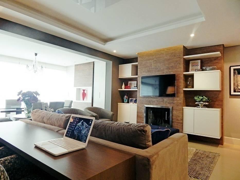 LIVING VS – MENINO DEUS / PORTO ALEGRE: Salas de estar  por Ambientta Arquitetura,