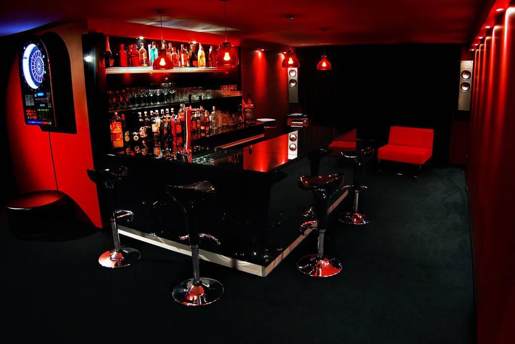 pokój bilardowy : styl , w kategorii Pokój multimedialny zaprojektowany przez atoato,