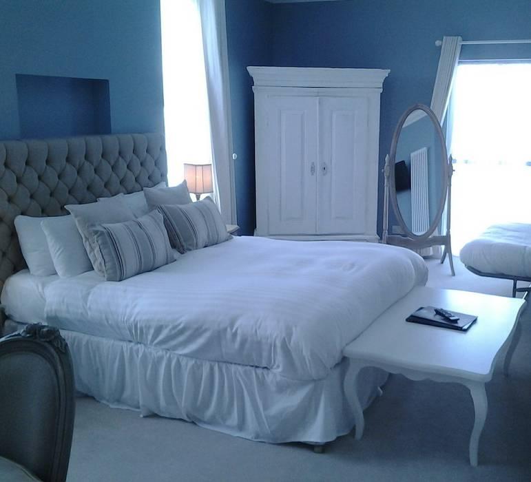 Blau Weiß: Landhausstil Schlafzimmer Von Cocooninberlin