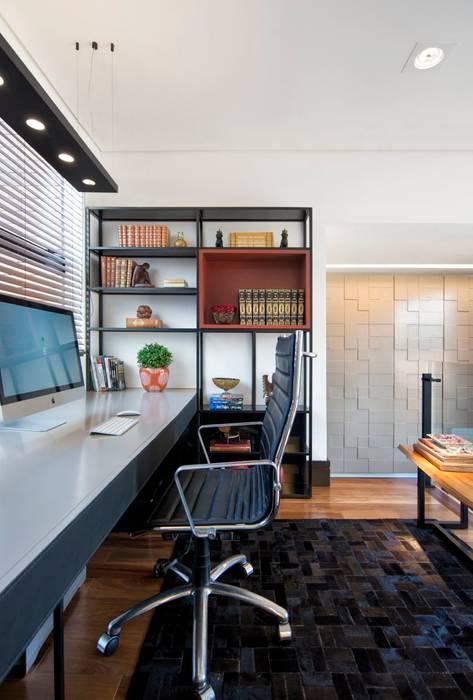 Projeto Casa Moderna - Jorge Elmor: Escritórios  por Elmor Arquitetura