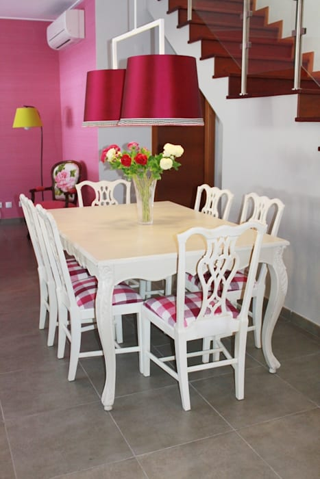 Sala Comum: Salas de jantar  por Stoc Casa Interiores,Clássico