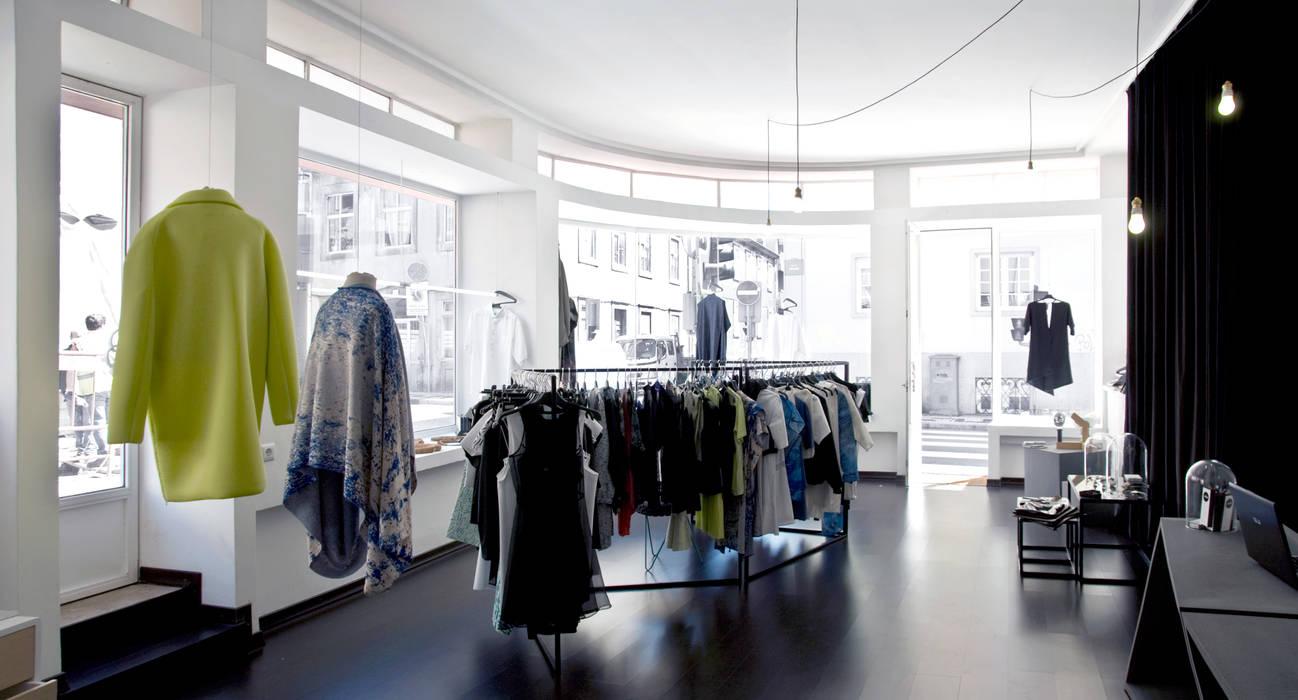 Офисы и магазины в стиле минимализм от scar-id store Минимализм