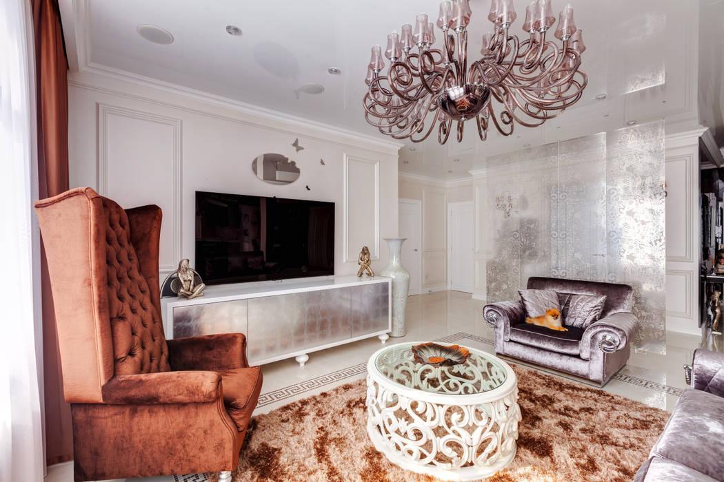 Гостиная в . Автор – U-Style design studio, Классический