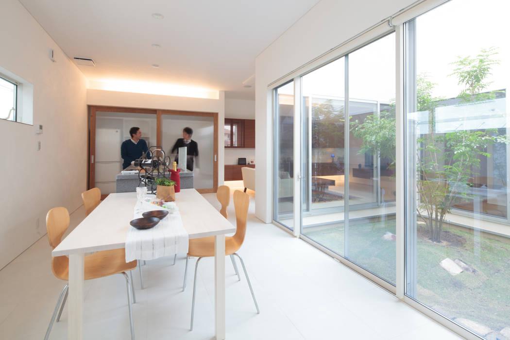 ダイニングキッチン モダンデザインの ダイニング の 内田建築デザイン事務所 モダン