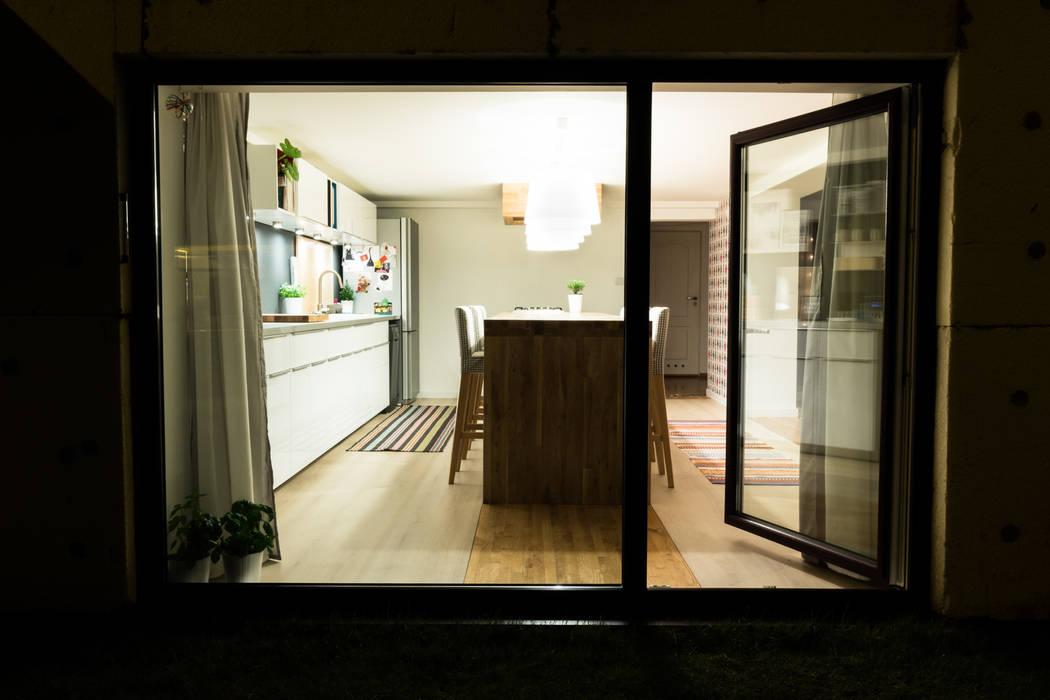 Kuchnia w garażu - Jaworzno - Stan obecny od Bednarski - Usługi Ogólnobudowlane