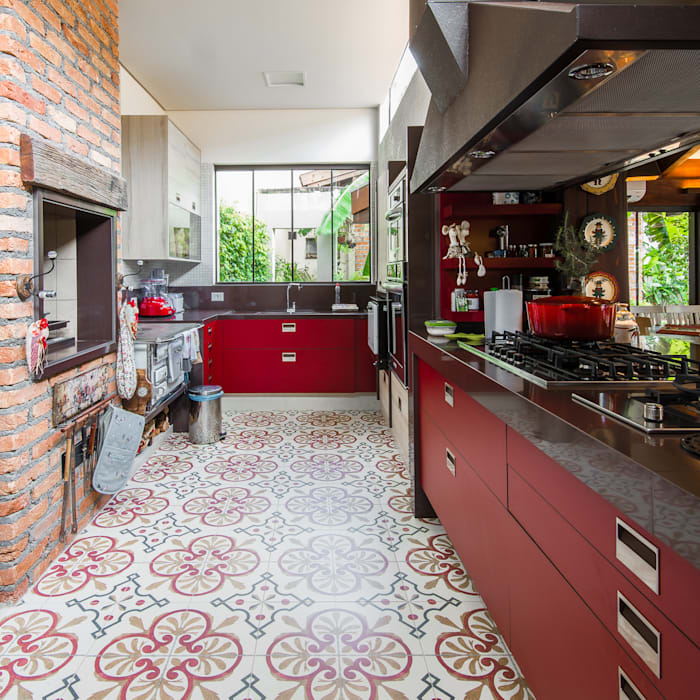 Kitchen by Camila Tannous Arquitetura & Interiores, Eclectic