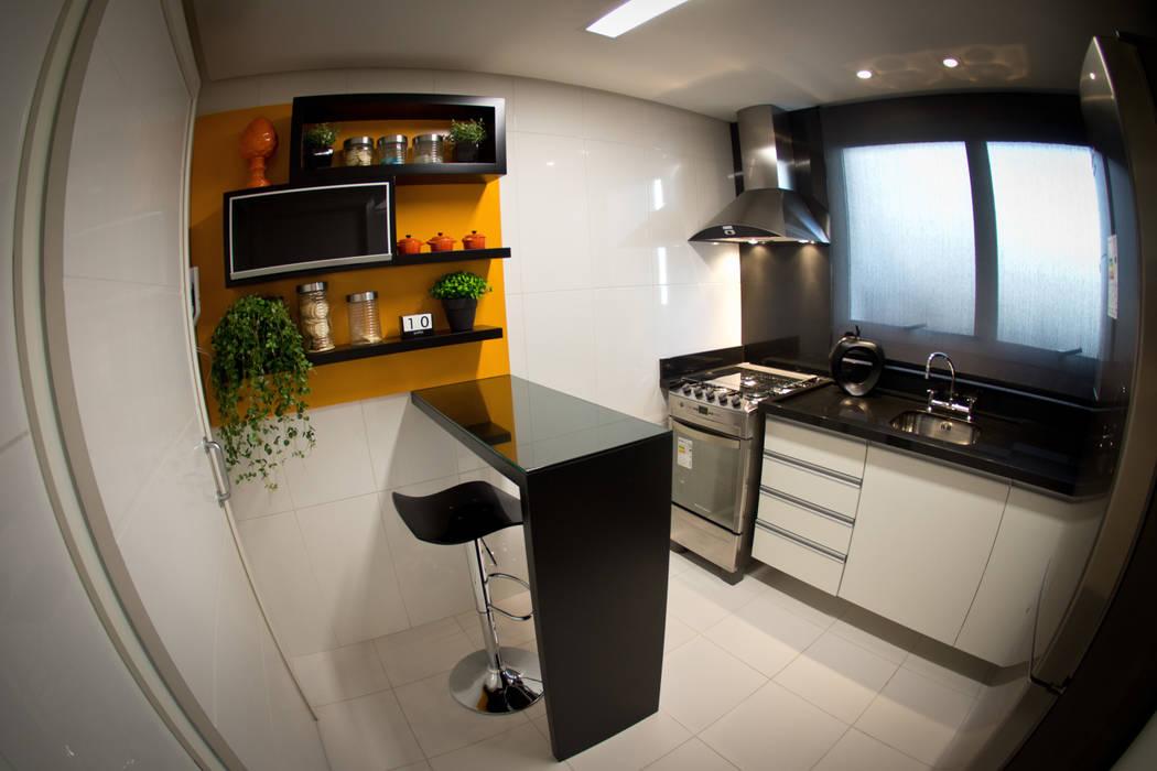 Cozinha Preta e Laranja Cozinhas modernas por INOVA Arquitetura Moderno