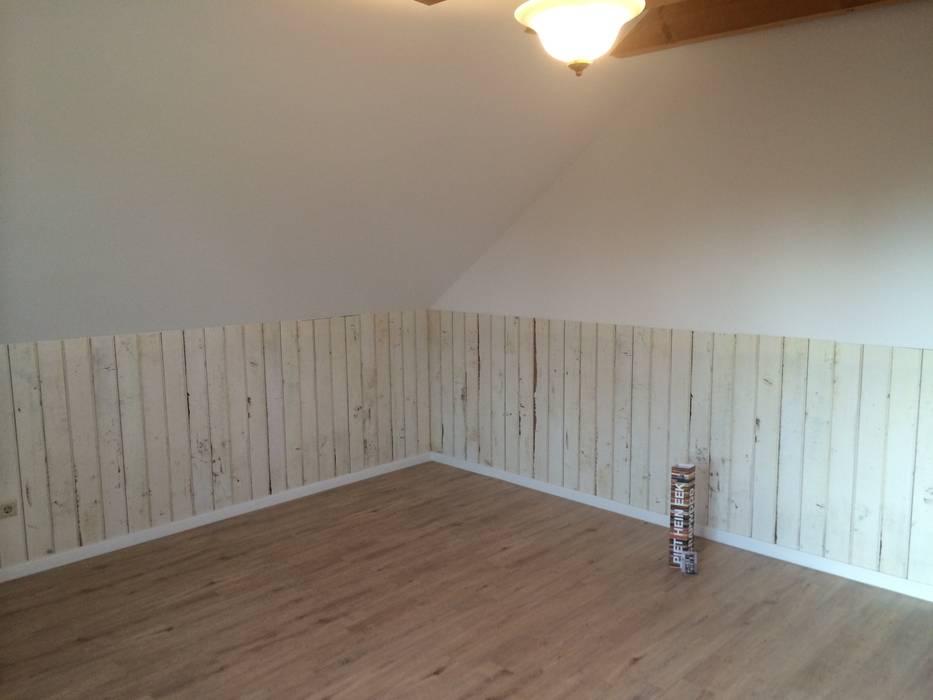 Tapete als highlight wohnzimmer im landhausstil von schoo ...