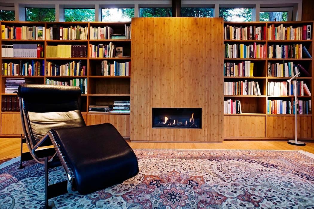 Garden House B.:  Studeerkamer/kantoor door Atelier 010