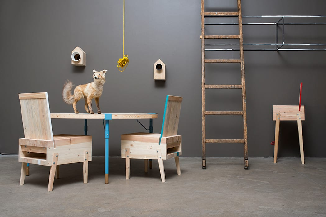 Runder Esstisch Lounge Sessel Barhocker Aus Recycling Holz