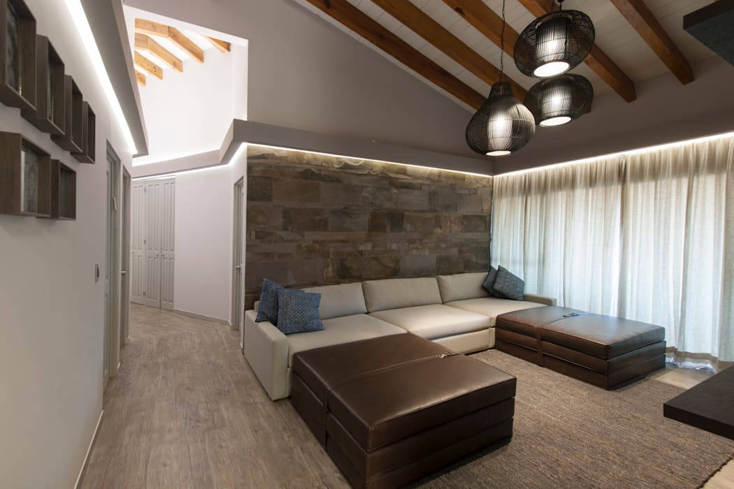 Casa Cuernavaca Salones rústicos rústicos de kababie arquitectos Rústico