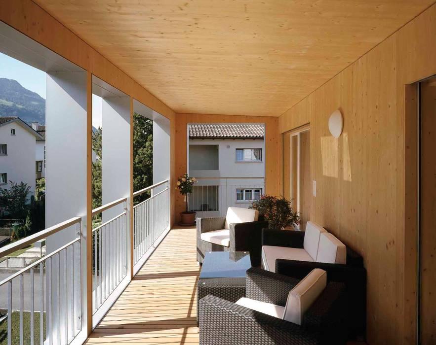 Балконы и веранды в эклектичном стиле от hwp ARCHITEKTEN AG Эклектичный