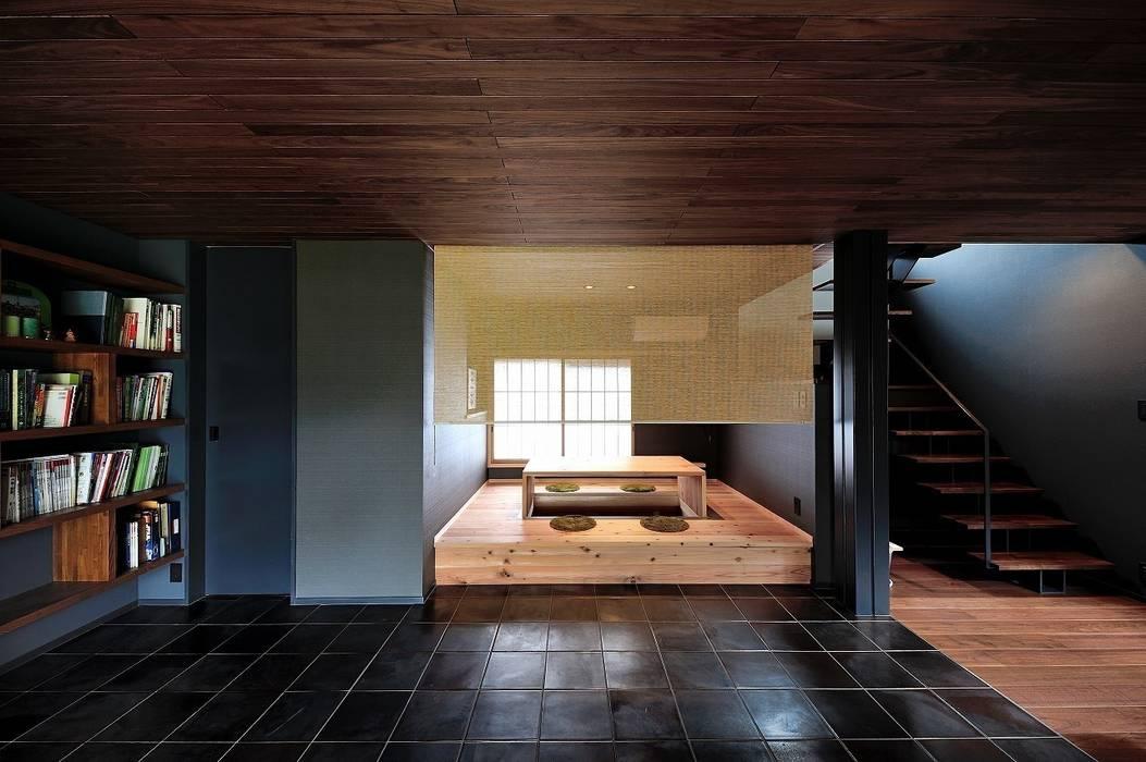 小上がり: アトリエセッテン一級建築士事務所が手掛けた和室です。