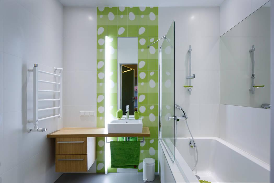 Ванная комната при детской: Ванные комнаты в . Автор – (DZ)M Интеллектуальный Дизайн, Минимализм