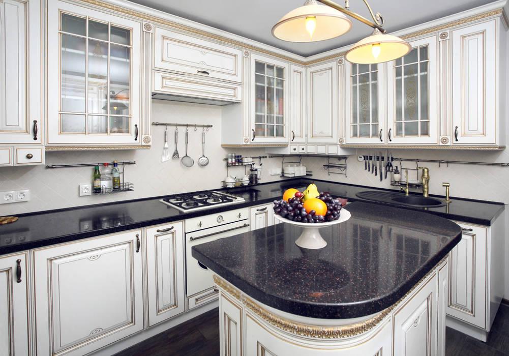 Частный дом в г. Колпино Ivory Studio Кухня в классическом стиле