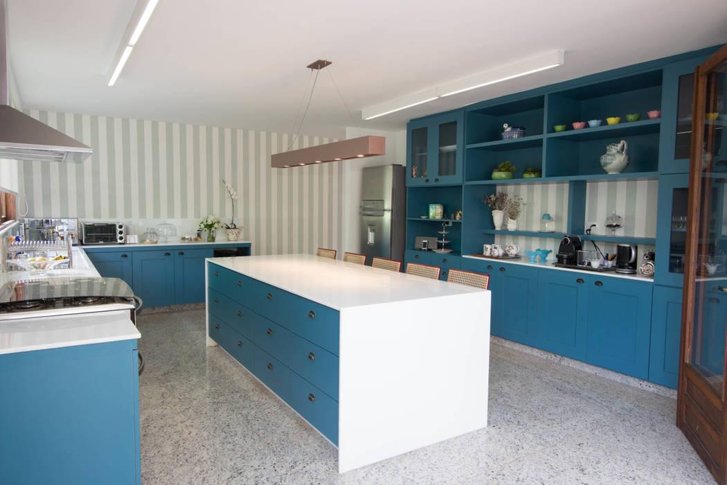 CASA RETIRO DAS PEDRAS Cozinhas campestres por Mutabile Arquitetura Campestre