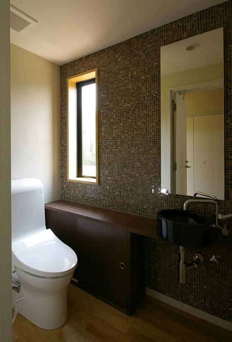 Modern style bathrooms by 一級建築士事務所アールタイプ Modern