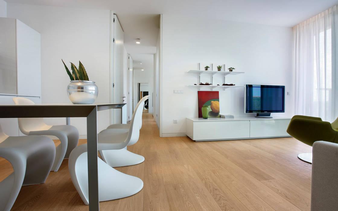 Modern walls & floors by Timberplan Modern