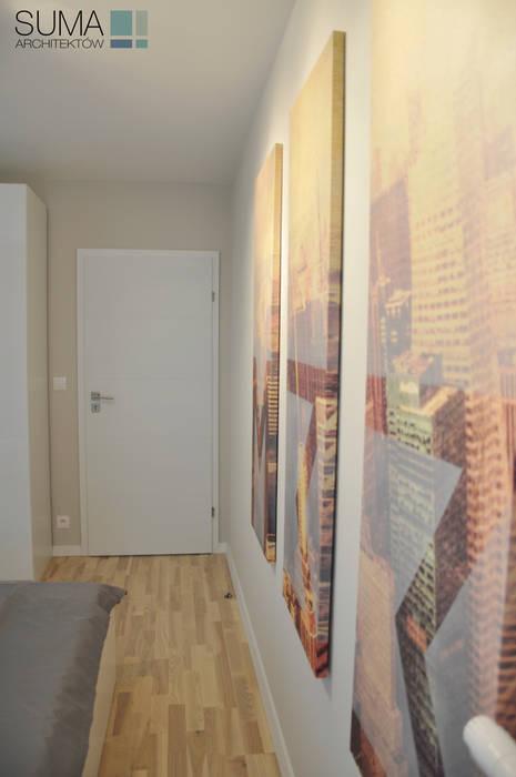 M33_RENT_ONE Nowoczesna sypialnia od SUMA Architektów Nowoczesny