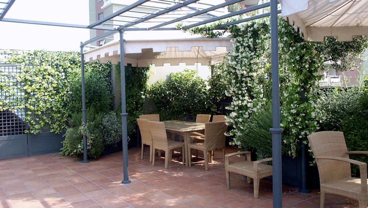Moderner Balkon, Veranda & Terrasse von Rossana Parizzi Modern