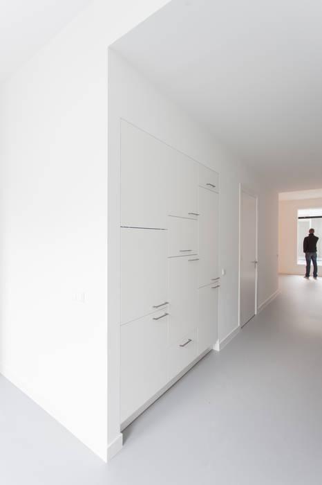 architectenbureau Huib Koman (abHK) Minimalist kitchen