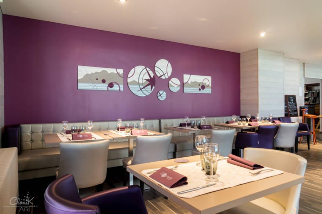 Oeuvre d'art sur-mesure hôtel-restaurant N°109-110: Hôtels de style  par Clonik Art