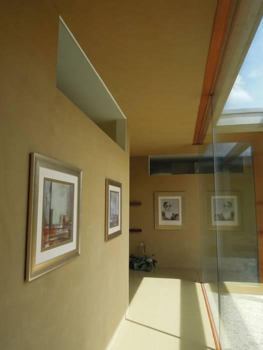 Glaskorridor:   von zeitwerkstatt gmbh