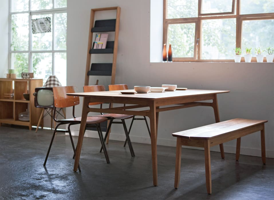 Dining room by STANDARD.a
