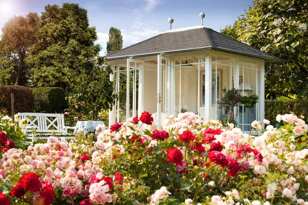 Modern Garden by WOGA Gartenpavillon Modern