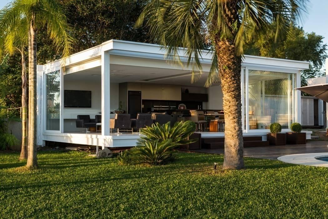 Casas modernas de Kali Arquitetura Moderno
