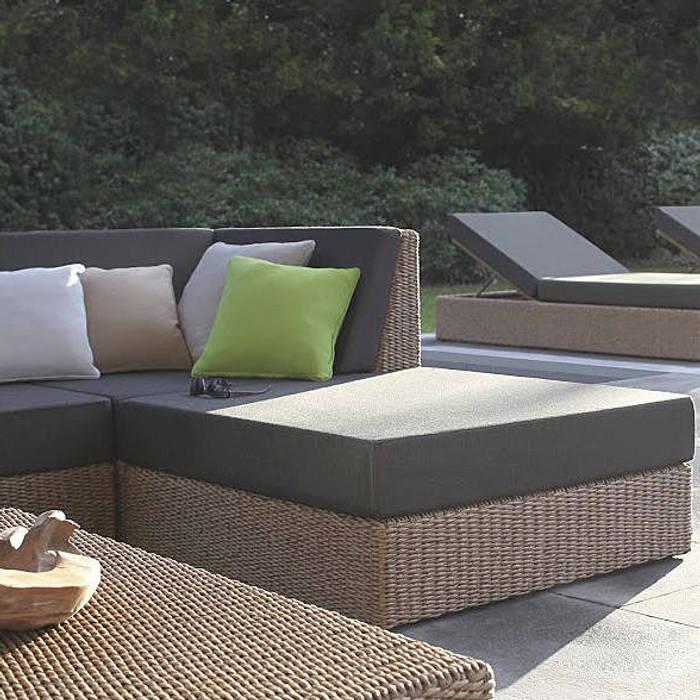 Jardines de estilo por muebles caparros homify - Muebles caparros ...