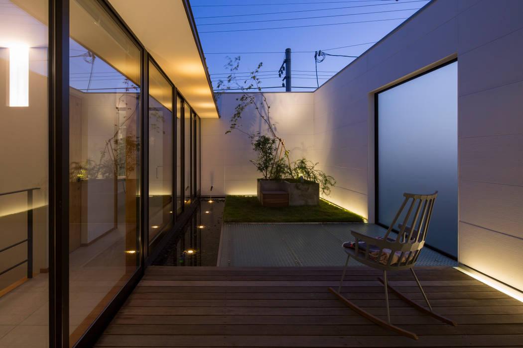 テラス モダンな庭 の アトリエ・ブリコラージュ一級建築士事務所 モダン