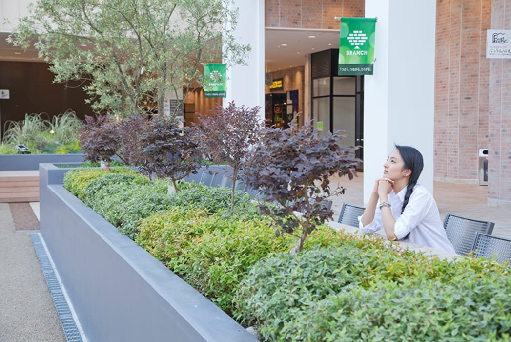 Salones de eventos de estilo  de 株式会社 スタジオ ゲンクマガイ, Moderno