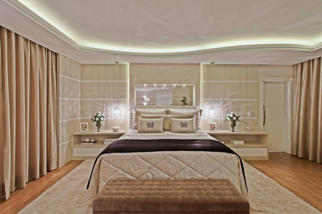 Спальня в стиле модерн от Arquiteto Aquiles Nícolas Kílaris Модерн