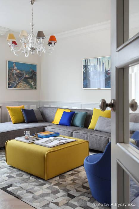 Nowoczesne dodatki i meble we wnętrzu salonu w kamienicy: styl , w kategorii Salon zaprojektowany przez MG Interior Studio Michał Głuszak