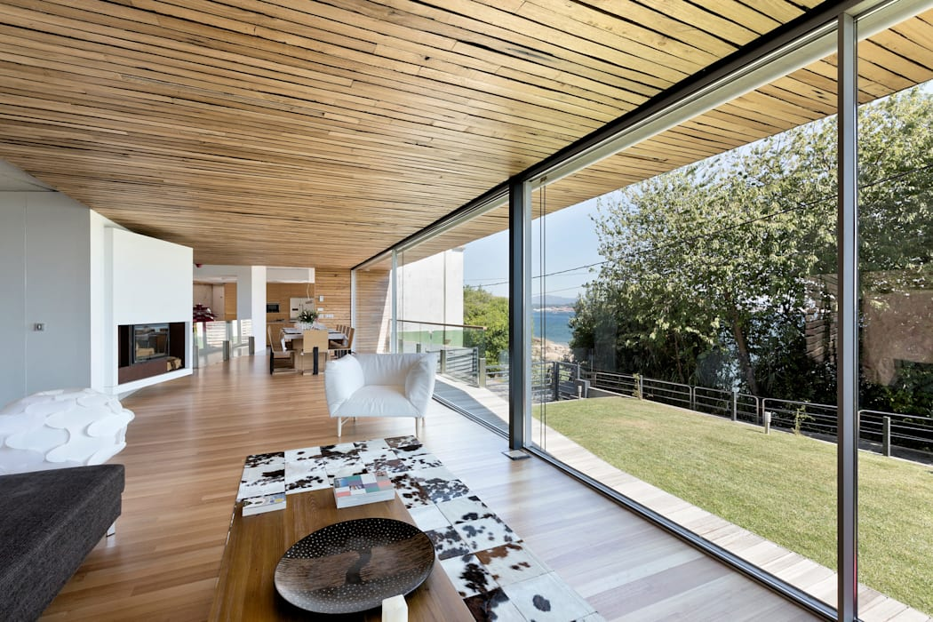 dezanove house designed by iñaki leite - living interior de Inaki Leite Design Ltd. Moderno