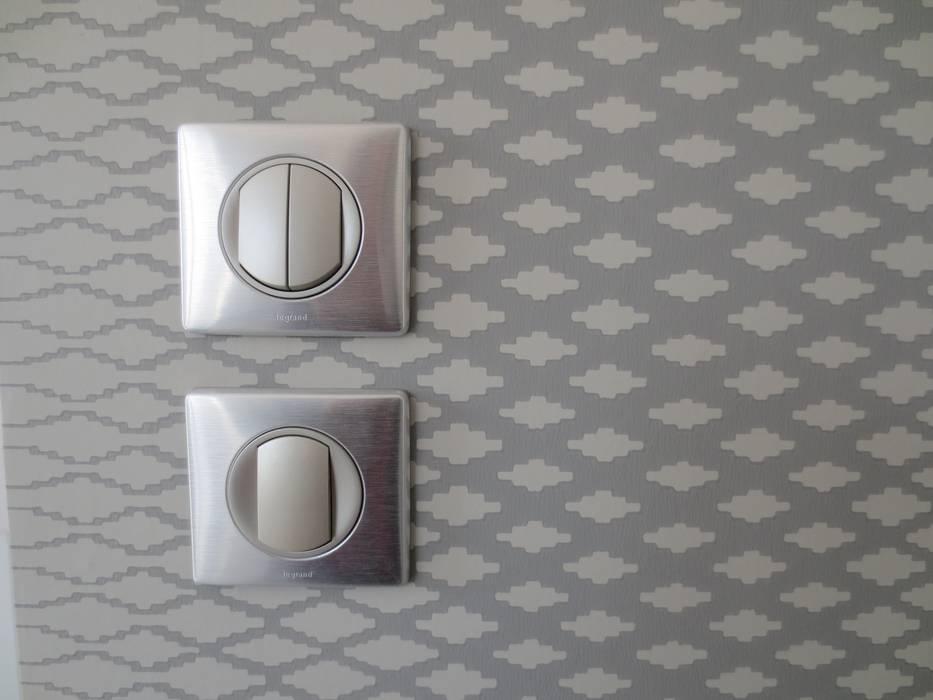 matériaux: Couloir et hall d'entrée de style  par Carole Foll