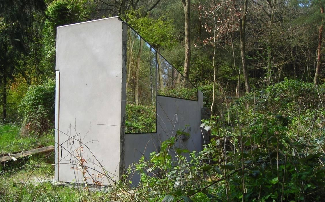 micro house, mirror house, upcycling, Minimal-Architektur:  Häuser von studio raumvielfalt