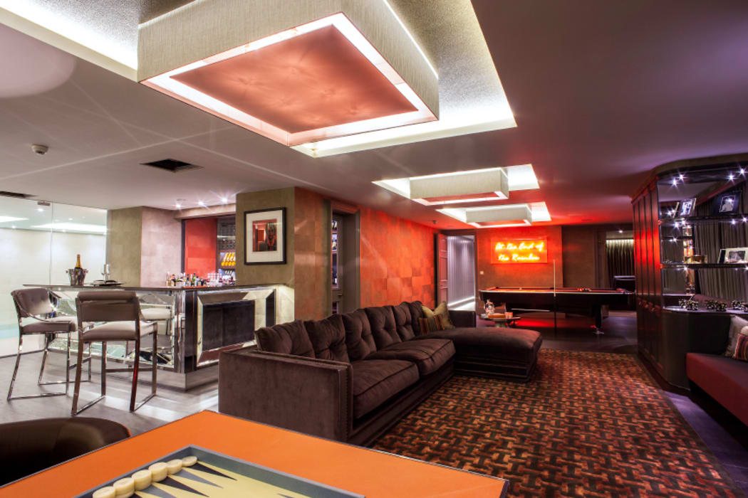 Luxurious family living homify Modern media room